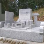 比企郡小川町の共同墓地にて洋型墓石のシンプルなお墓をおつくりいたしました