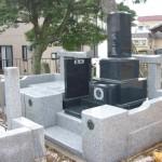東松山市の共同墓地にて、福島県産の浮金石の和型墓石の建立を行いました