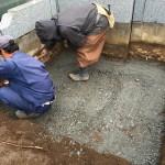 鶴ヶ島市の満福寺墓地に基礎工事をはじめました。