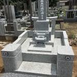 鶴ヶ島市の墓地に先日より手がけていたお墓が完成しました。