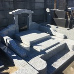 鶴ヶ島市の墓地で工事中の外柵が完成しました。