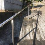滑川町の成安寺様でステンレスの手すり工事を行いました。